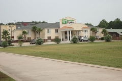 Holiday_Inn_Express_Leesville_Pic1