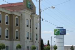 Holiday_Inn_Express_Victoria_Pic3